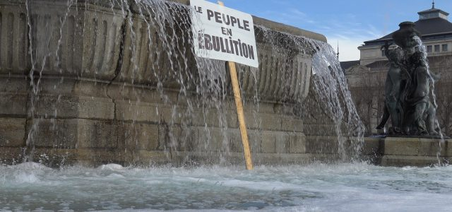 2002-06-peupleenebullation.jpg
