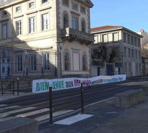 Choc tension et colère devant la préfecture du Puy.